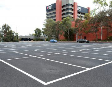 Outdoor-Parking-Grid-White-Line-Marking