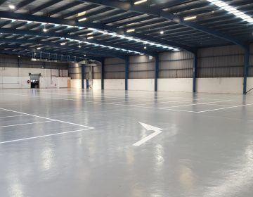 Indoor-White-Epoxy-Floor-Line-Marking