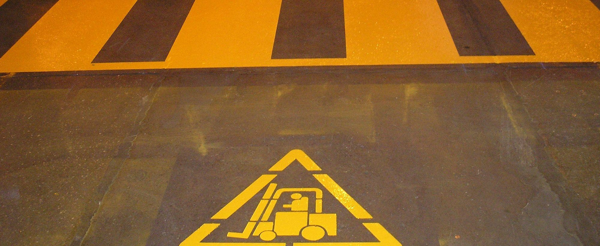 Indoor-Forklift-Factory-Floor-Line-Marking